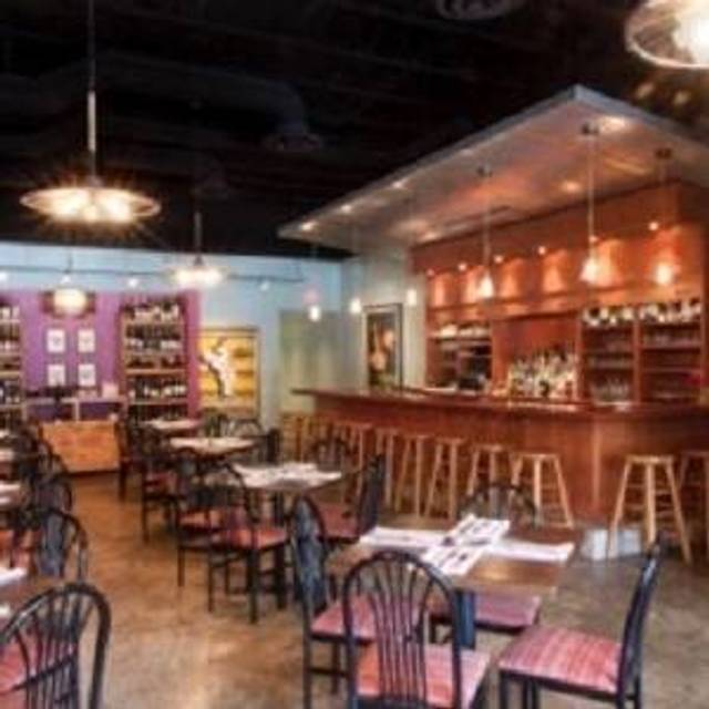 24 Restaurants Available Nearby River Bend Bistro