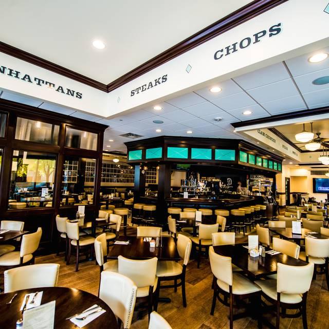 Knight 39 s steakhouse downtown ann arbor restaurant ann for V kitchen ann arbor address
