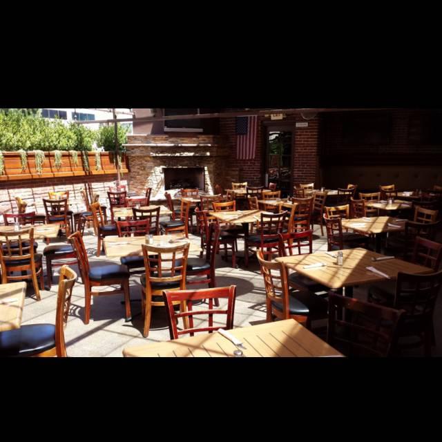 Burbank Bar & Grille, Burbank, CA