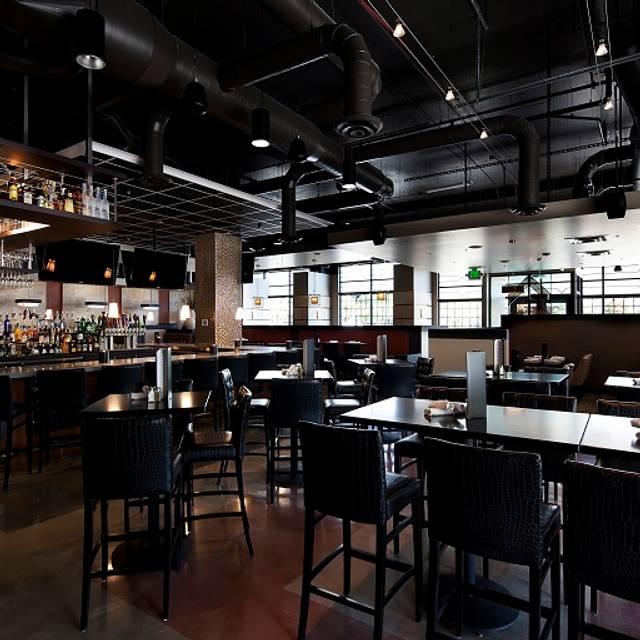Hodson's Bar and Grill - Southglenn, Centennial, CO