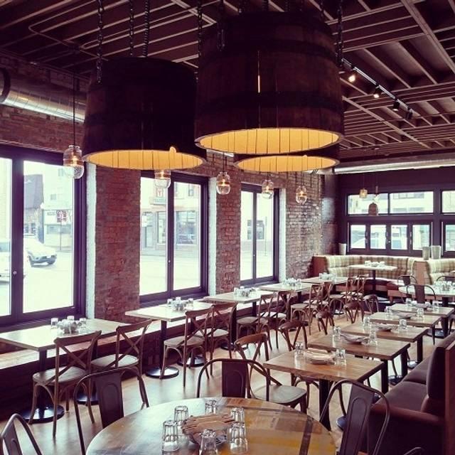 Pork shoppe andersonville restaurante chicago il for 0pen table chicago