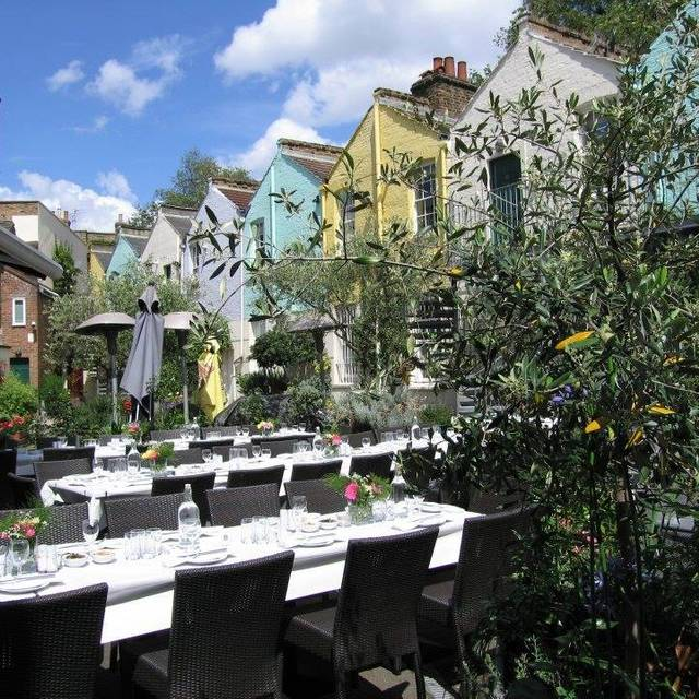 Amici Mediterranean Bar & Grill - Kennington's Secret Garden, London