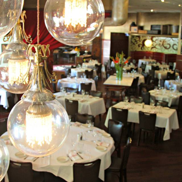 Georges Brasserie, Charlotte, NC