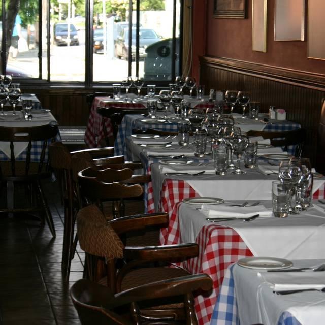 Gamberoni Restaurant Toronto