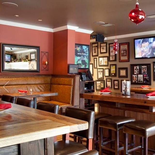 520 Bar & Grill, Bellevue, WA