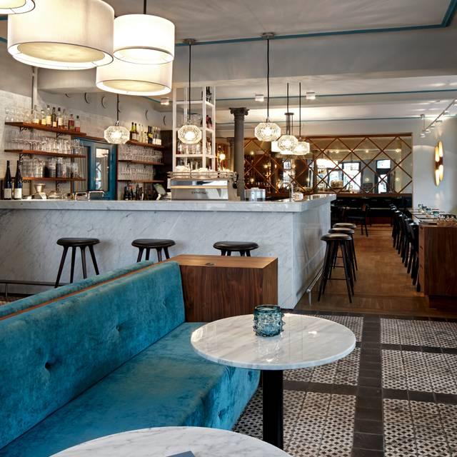 Witwenball Restaurant - Hamburg, | OpenTable