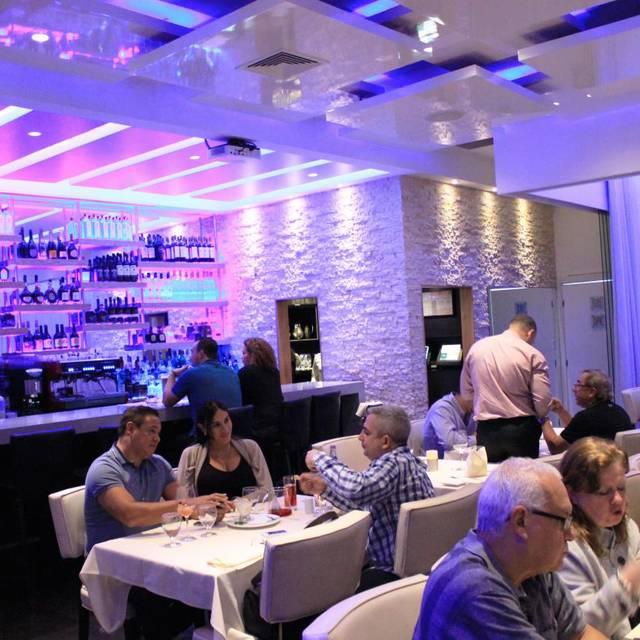 Olivos Restaurant, Doral, FL