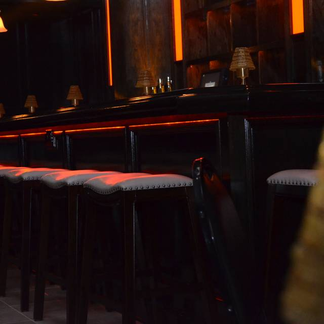 Coco club restaurant chicago il opentable for 0pen table chicago