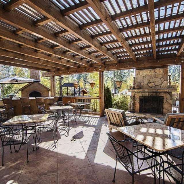 Kitchen + Bar at Chalet View Lodge, Graeagle, CA