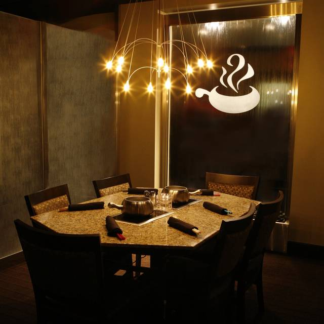 The Melting Pot - White Plains, White Plains, NY