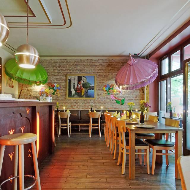 sadhu 2 indische k che restaurant berlin be opentable. Black Bedroom Furniture Sets. Home Design Ideas