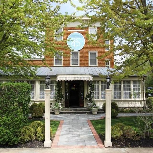Southampton Social Club, Southampton, NY