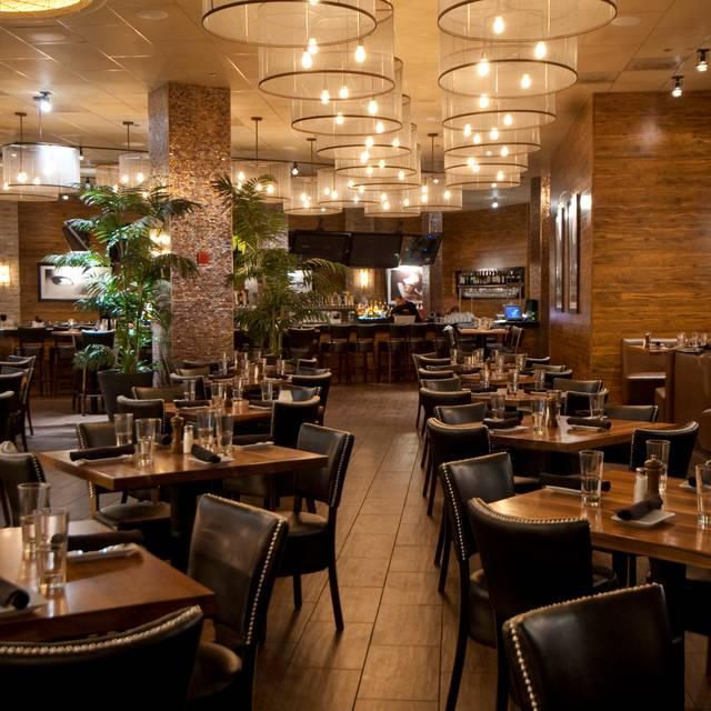 Primebar Chicago Restaurant Chicago Il Opentable
