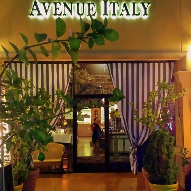 Avenue Italy Cucina Italiana, Rancho Palos Verdes, CA