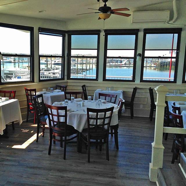 Marcos Profile Marco S Waterfront Grill Port Washington Ny