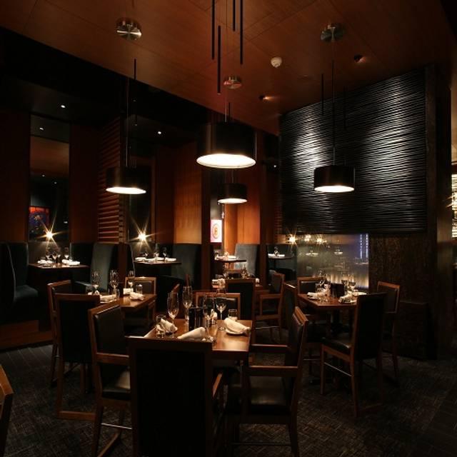The Keg Steakhouse Bar King West