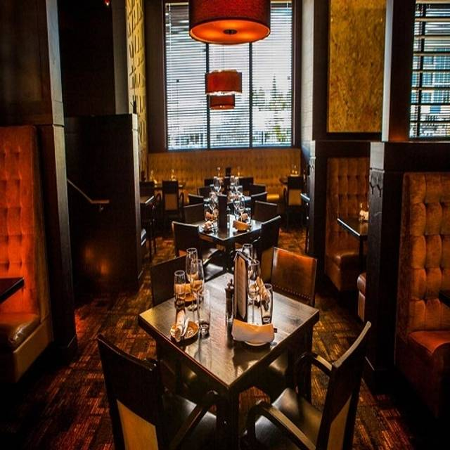 The Keg Steakhouse + Bar - Crowfoot, Calgary, AB