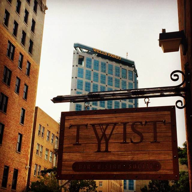 Twist Bar Bistro Social Restaurant Salt Lake City Ut