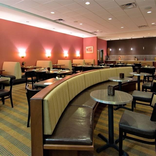Amici italian restaurant springfield springfield dallas for Amici italian cuisine boston ma