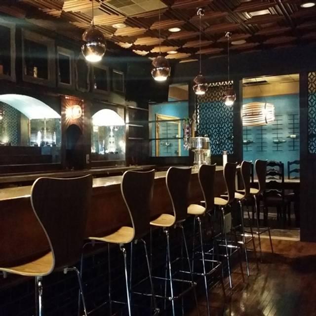 Tavolo Wine Bar & Tuscan Grille - Smithfield, Smithfield, RI