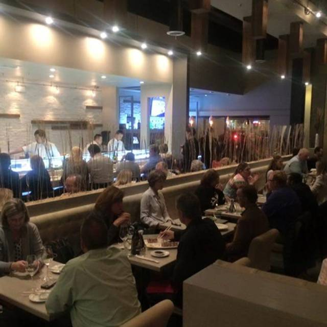 Chef Soon Contemporary Sushi and Bar, Woodridge, IL
