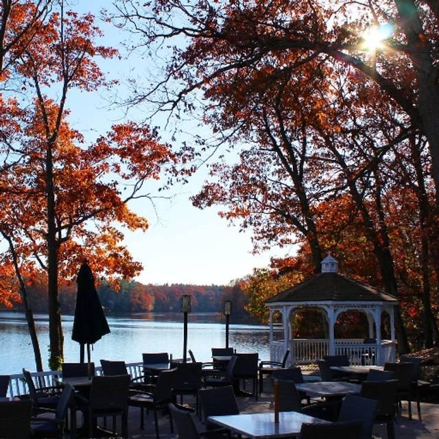 Lago, North Brunswick, NJ