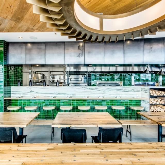 Industry Kitchen - Lounge