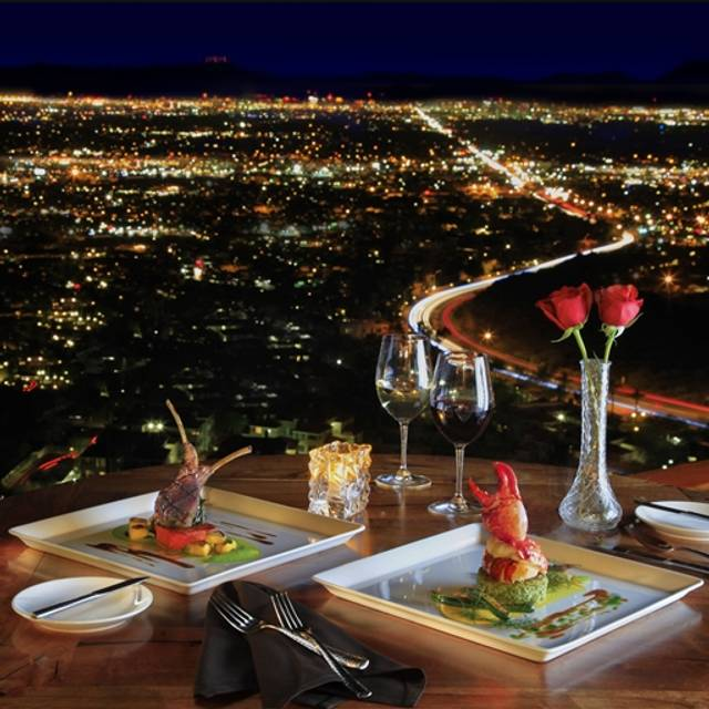 Best Places Take Pictures Arizona: Different Pointe Of View Restaurant - Phoenix, AZ