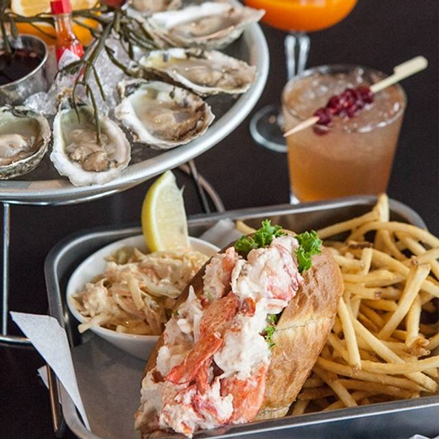 Ocean Blue Restaurant Oyster Bar Utica Ny Opentable