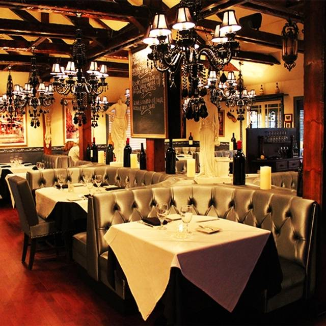 Padri Restaurant & Martini Bar, Agoura Hills, CA
