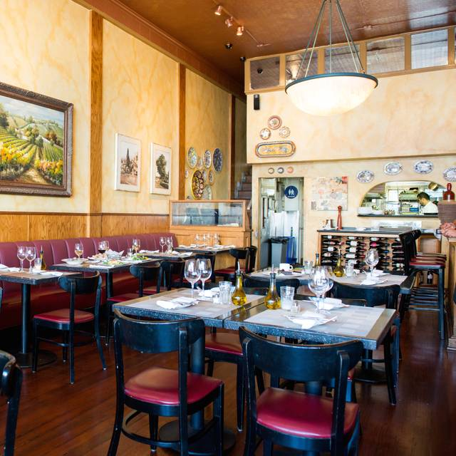 Best Italian Restaurants In Cole Valley