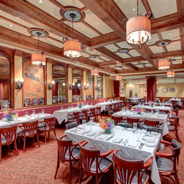 Kendall's Brasserie, Los Angeles, CA