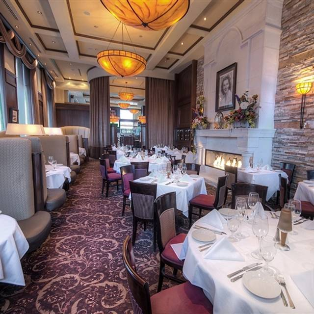 Ruth's Chris Steak House - Edmonton, Edmonton, AB