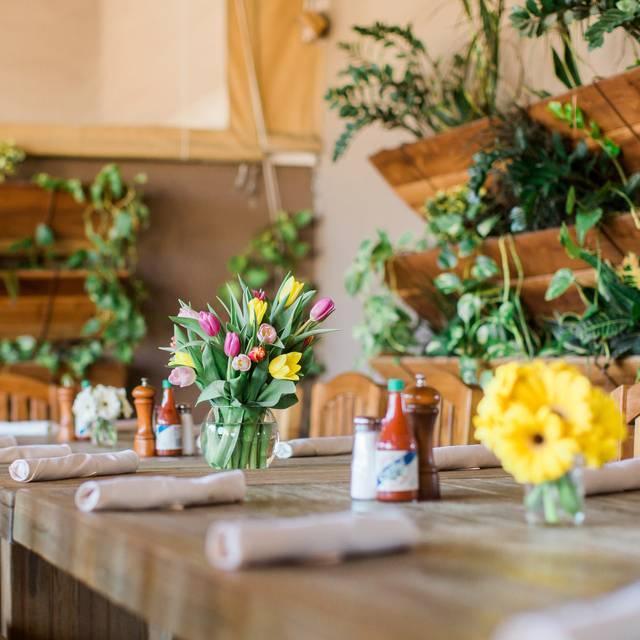 Grassroots - Grassroots Kitchen & Tap Scottsdale, Scottsdale, AZ