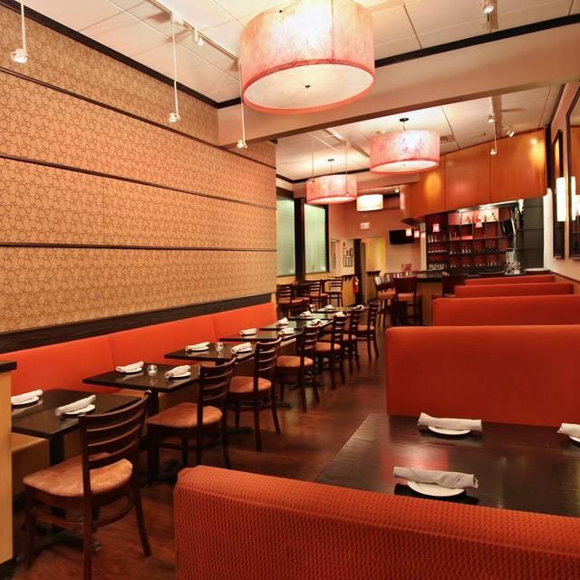 Four Spoons Thai Inspired Cuisine Bar
