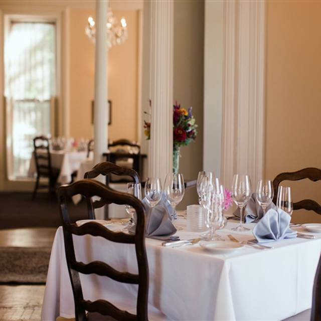 Union Park Dining Room: Joshua Wilton House Restaurant - Harrisonburg, VA