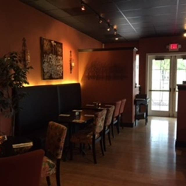 Dining   Corner Cafe, Williamsburg, VA