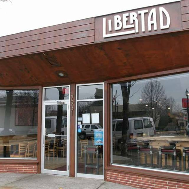 Libertad - Libertad, Skokie, IL
