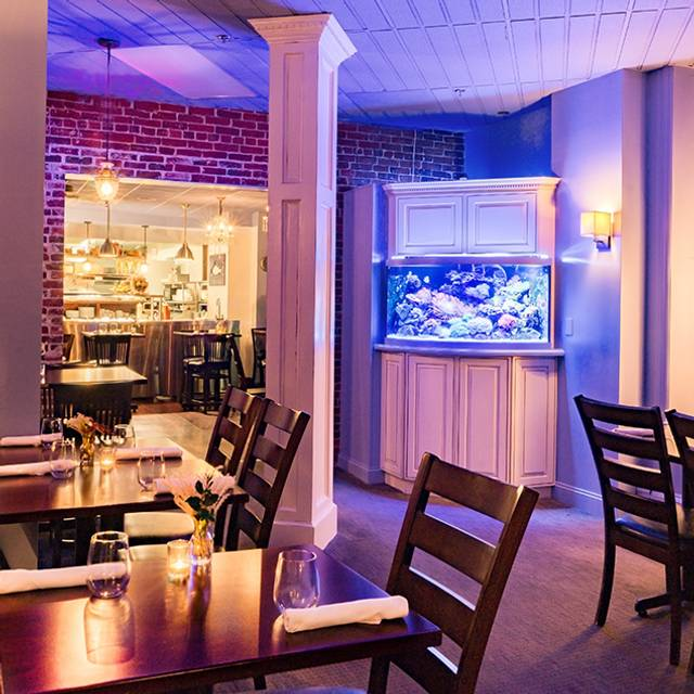 Elm Square Oyster Co Andover Ma