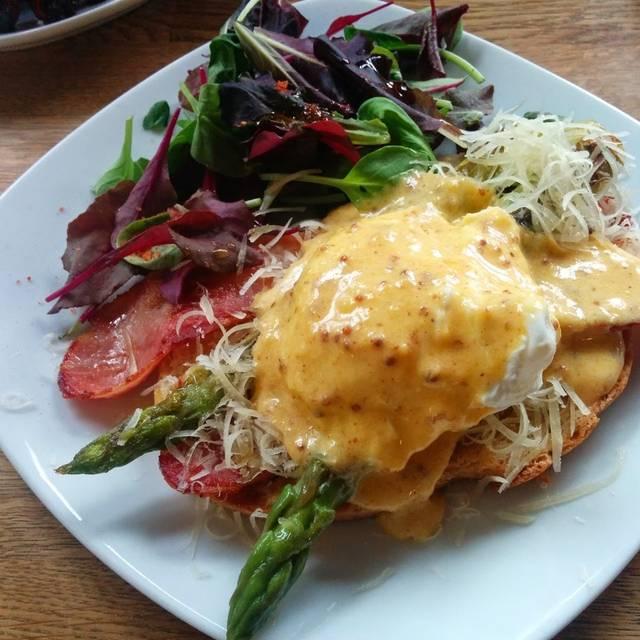 Sydney Breakfast I Eat B - Highbury Arts Club, London