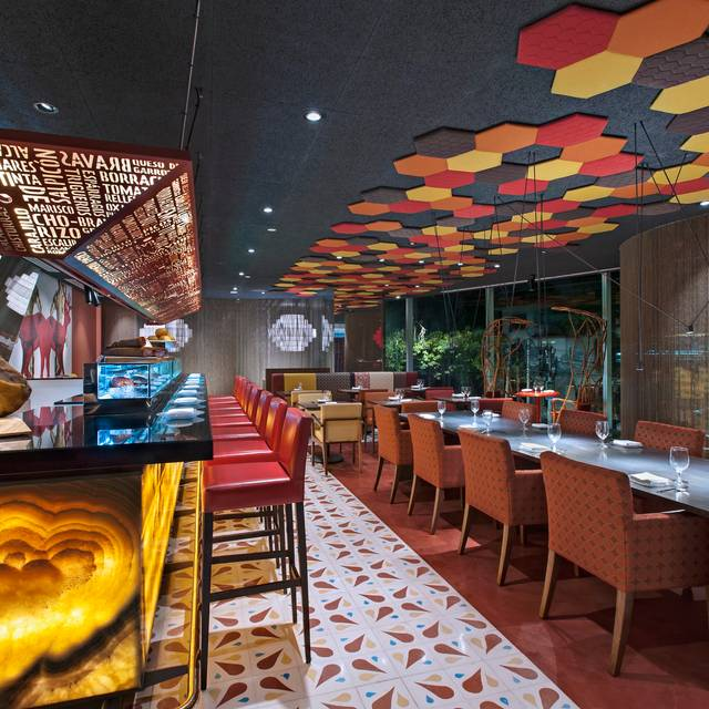 Tapas Bar - J By Jose Andres Night - J BY JOSÉ ANDRÉS, Ciudad de México, CDMX