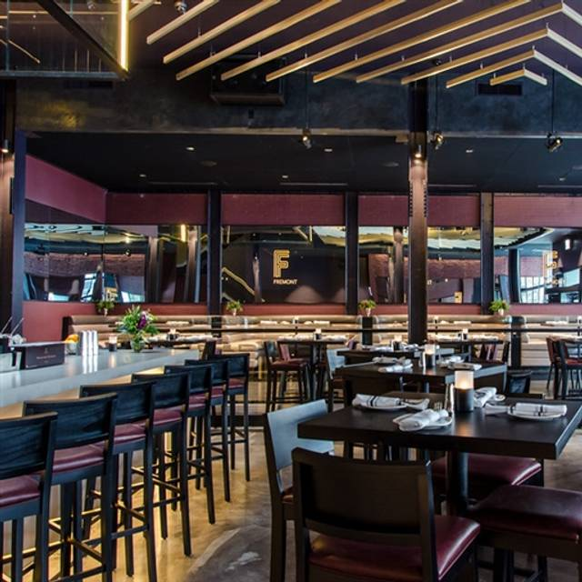 Fremont restaurant chicago il opentable for 0pen table chicago