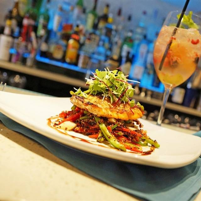 Duval 39 s fresh local seafood restaurant sarasota fl for Sarasota fish restaurants
