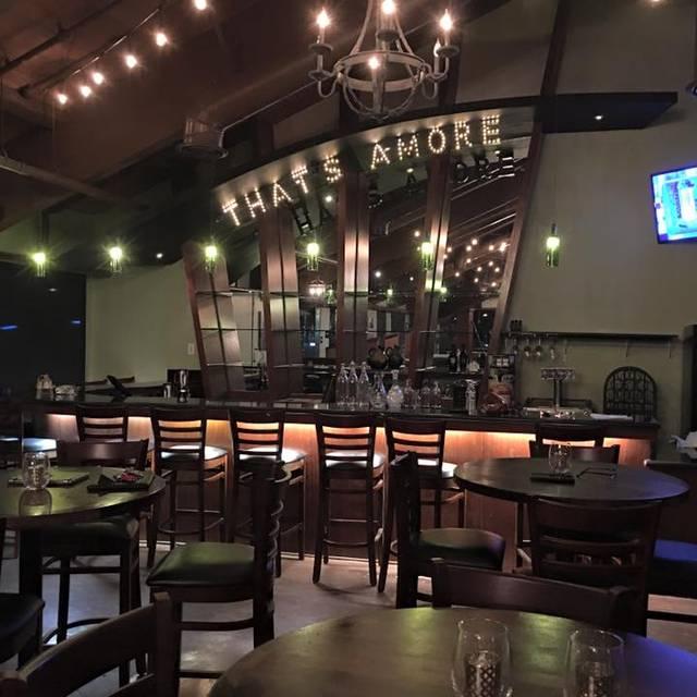 Thatu0027s Amore Italian Restaurant And Lounge, Huntington Beach, CA