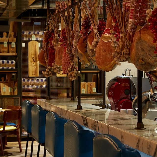 Jo Meatbar - Jamie's Italian - Yorkdale, Toronto, ON