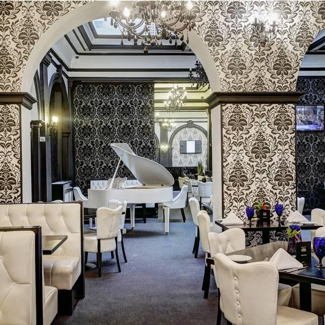 R Bar - R Bar & Brasserie at The Richmond Hotel, Liverpool, Merseyside