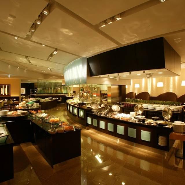 スーパーブッフェ グラスコート - 京王プラザホテル, 新宿区, 東京都