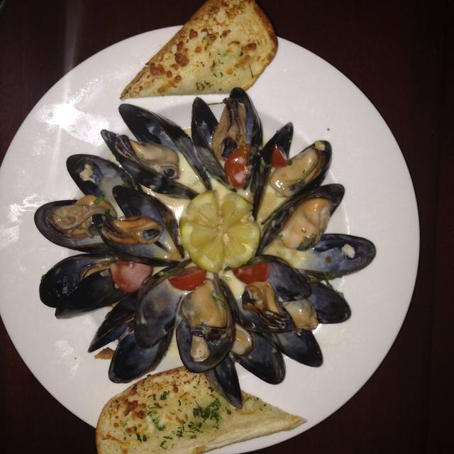 Mussels - Captain Mas Seafood and Crab House, Sterling, VA