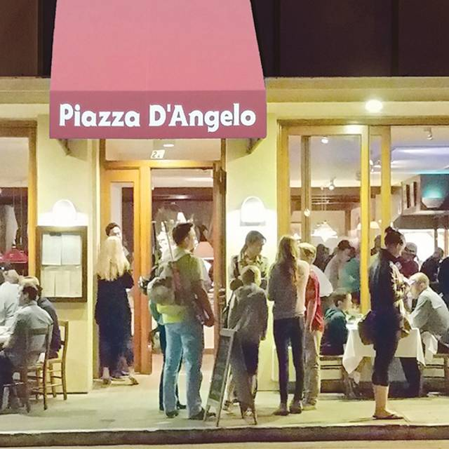 Piazza D'Angelo, Mill Valley, CA