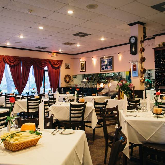 Interior Full - Charivari, Houston, TX
